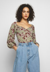 Missguided - DITSY FLORAL MILKMAID BODYSUIT - Body - green - 0