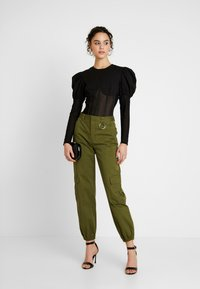 Missguided - INSERT CORSET PUFF SLEEVE - Blouse - black - 1