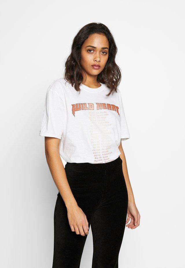 WILD HEART GRAPHIC TEE - T-shirt print - white