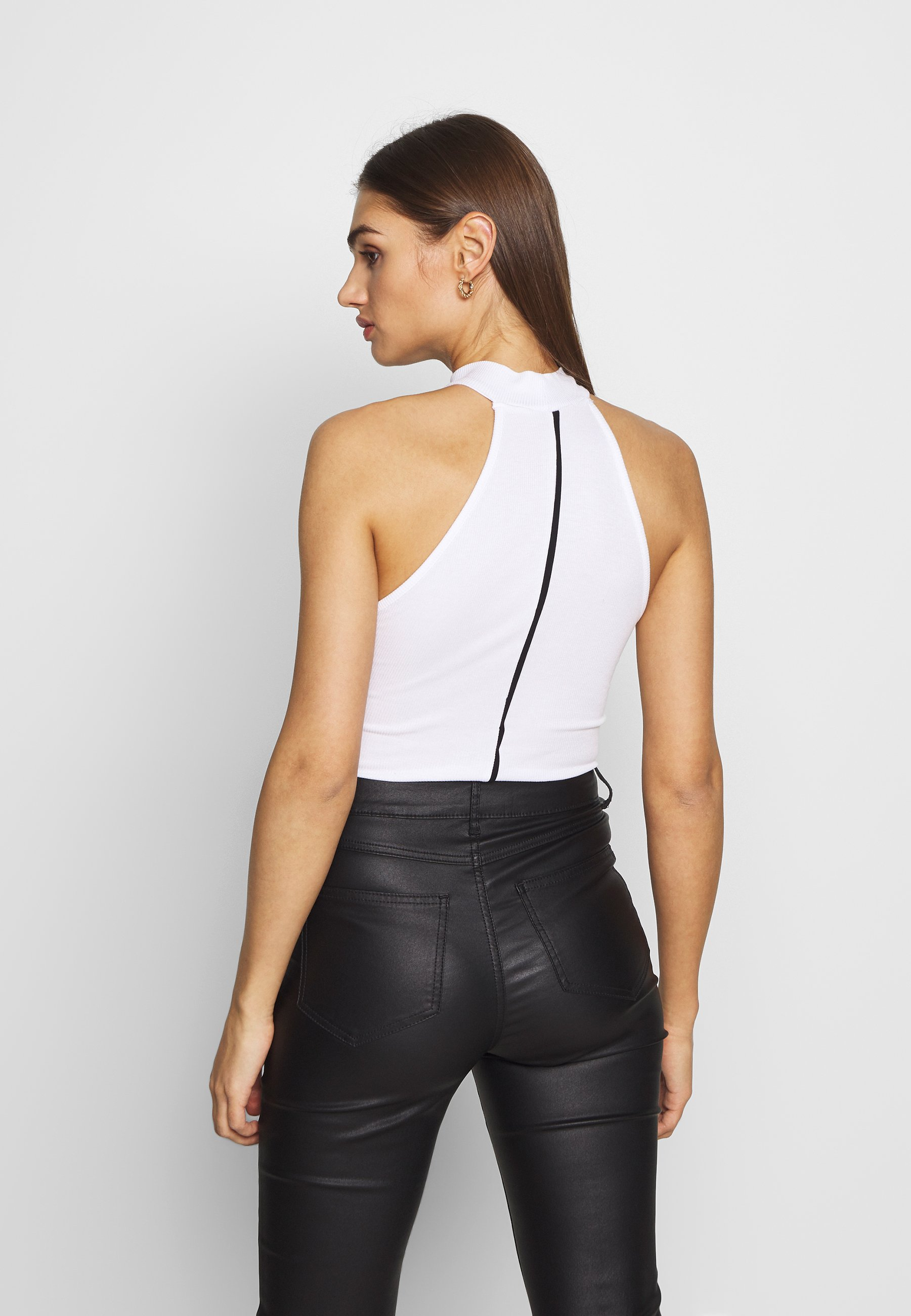 Missguided PIPING DETAIL HIGH NECK BODYSUIT - Topper - white