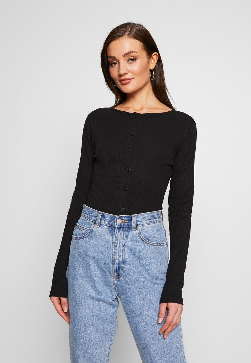 Missguided - BUTTON FRONT LONG SLEEVE BODYSUIT - T-shirt à manches longues - black
