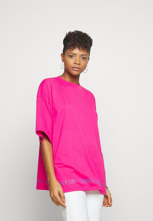 SUMMER GRAPHIC OVERSIZED - Print T-shirt - pink