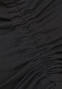 Missguided - BARDOT RUCHED LETTUCE HEM TOP 2 PACK - Topper langermet - black/camel - 3