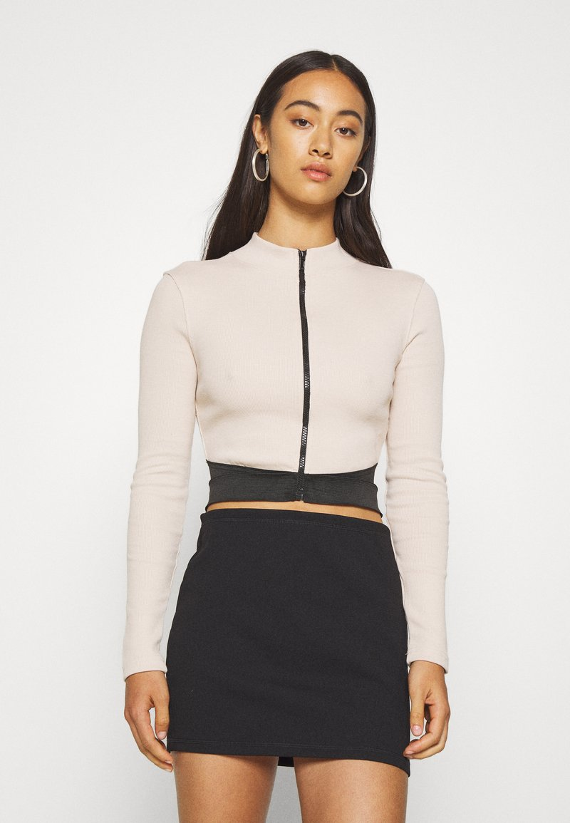 Missguided - ZIP WAISTBAND CROP - Long sleeved top - nude