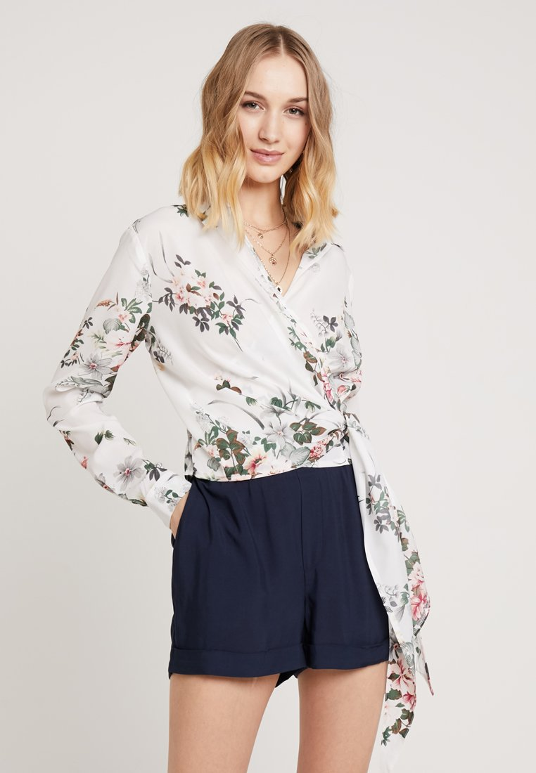 Missguided - FLORAL SIDE TIE - Bluse - white