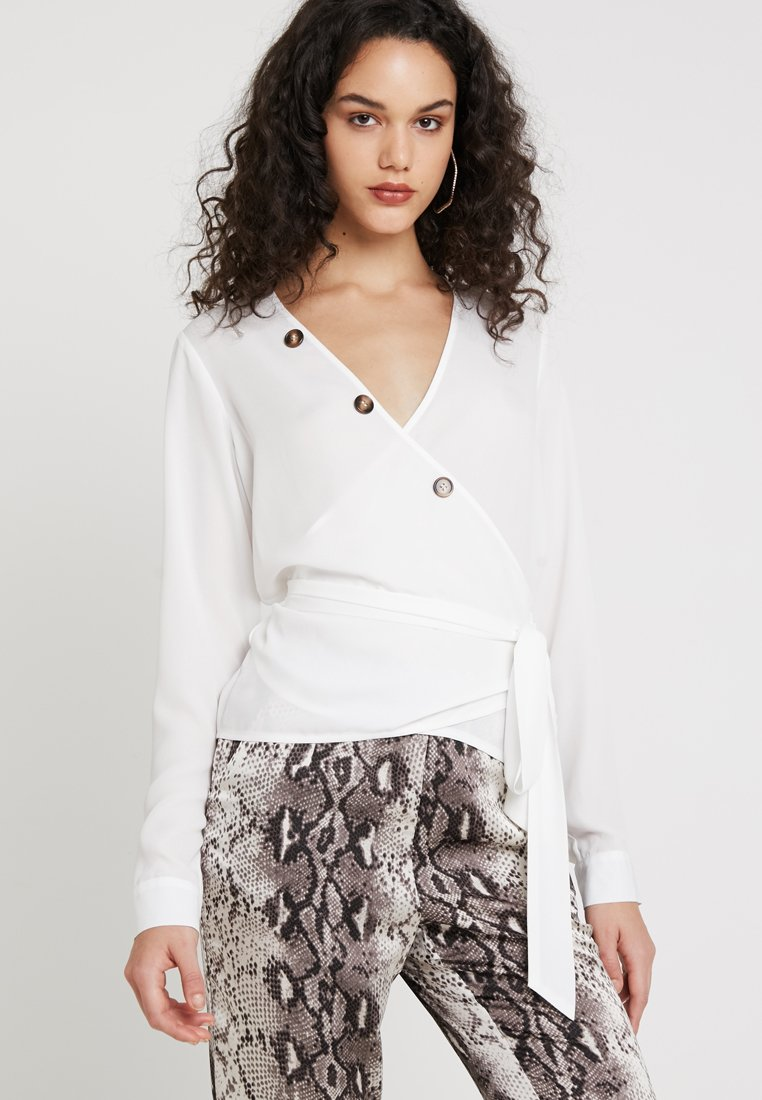 Missguided - BUTTON WRAP BLOUSE - Blouse - white