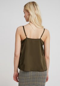 Missguided - BUTTON FRONT STRAPPY CAMI - Top - khaki - 2