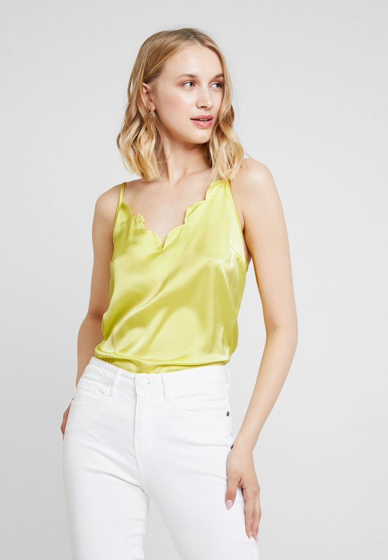 Missguided - SCALLOP EDGE CAMI - Top - yellow