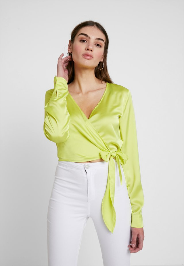 TIE FRONT LONG SLEEVE CROP - Blouse - limeade