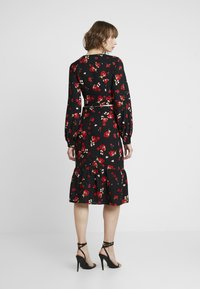 Missguided - FLORAL RUCHED LONG SLEEVED CROP - Blouse - black - 3