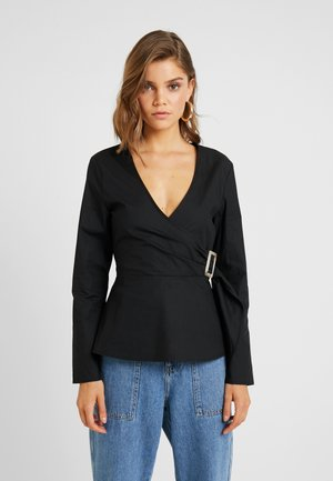 POPLIN BUCKLE WRAP BLOUSE - Pusero - black