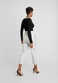 Missguided - D-RING TROUSERS - Broek - grey - 2