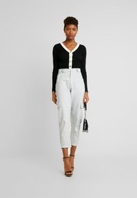 Missguided - D-RING TROUSERS - Broek - grey - 1
