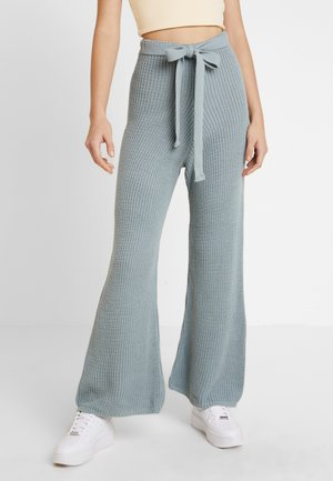 TIE BELT WIDE LEG TROUSER - Trousers - mist