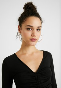 Missguided - LONG SLEEVE RUCHED FRONT - Topper langermet - black - 3