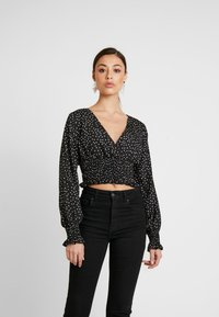 Missguided - POLKA DOT PLUNGE WITH SHIRRING DETAIL - Blouse - black - 0