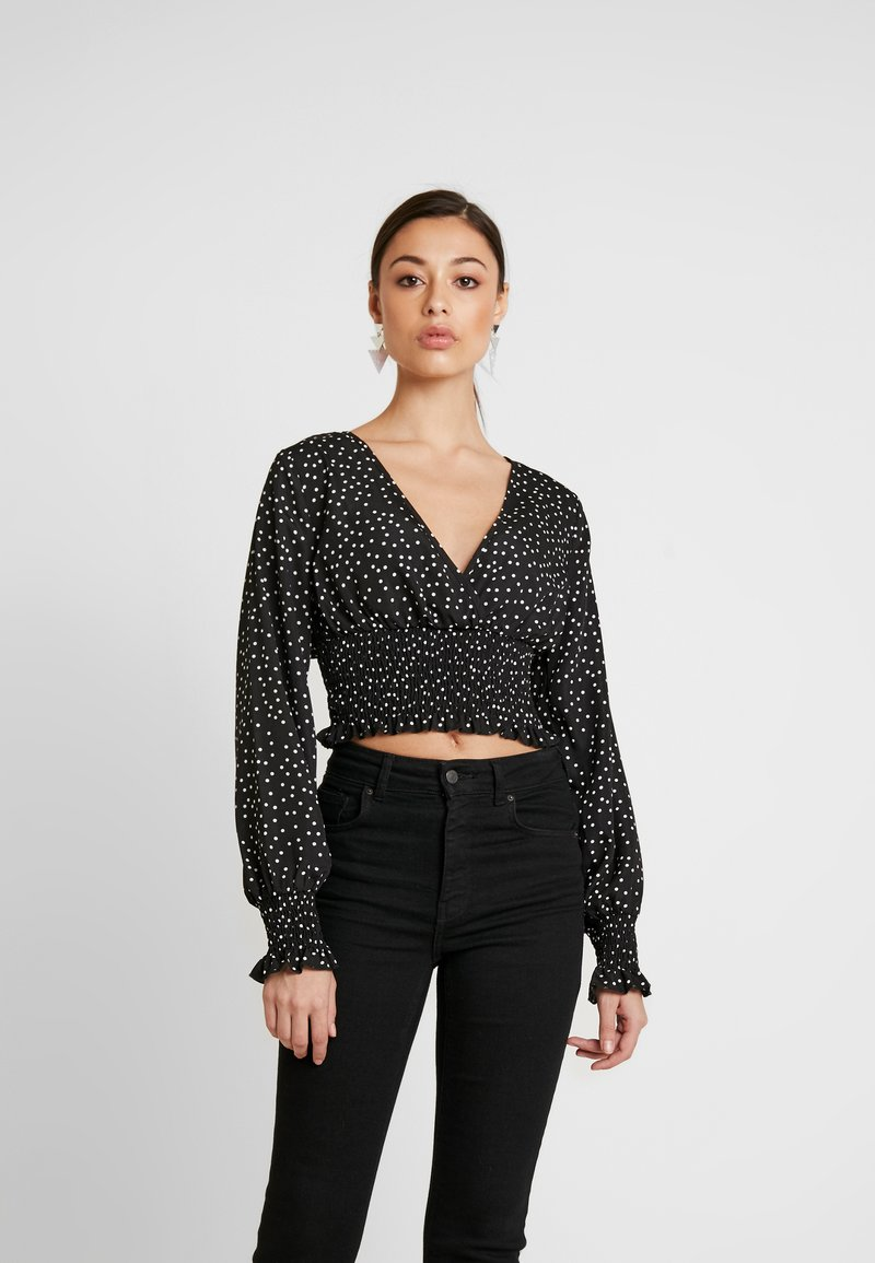 Missguided - POLKA DOT PLUNGE WITH SHIRRING DETAIL - Blouse - black