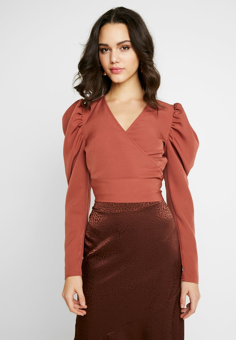 Missguided - PUFF SLEEVE WRAP CROP - Blouse - rust