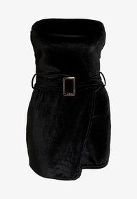 Missguided - BANDEAU BELTED SHORT PLAYSUIT - Jumpsuit - black - 3