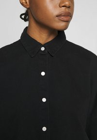 Missguided - WASHED - Skjorte - black - 5