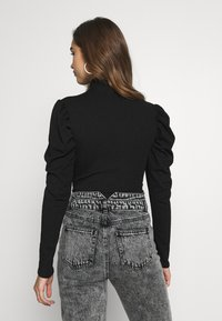 Missguided - RIBBED PUFF SLEEVE HIGH NECK  - Blouse - black - 2