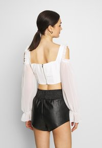 Missguided - COLD SHOULDER CORSET - Camicetta - white - 2