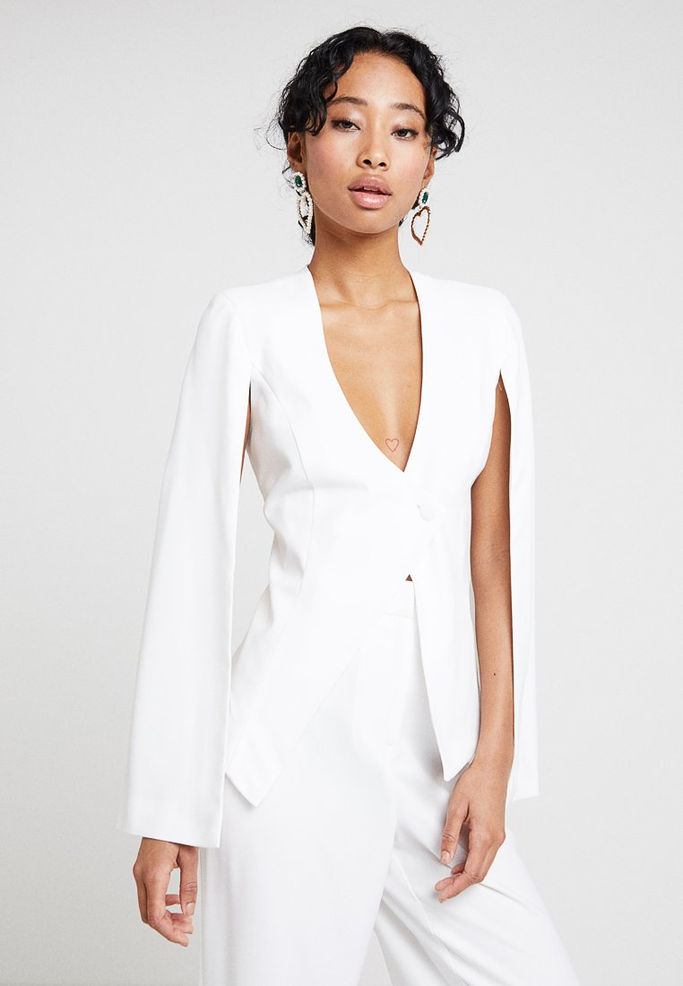 Missguided - BRIDAL OPEN SLEEVE DARTED JACKET ASYMMETRIC DETAILING - Blazer - ivory