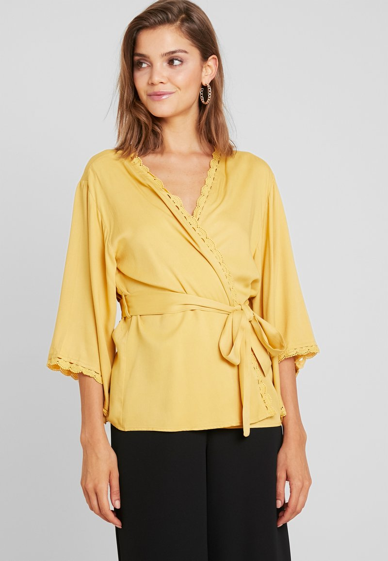 Missguided - CROCHET TRIM KIMONO - Summer jacket - mustard