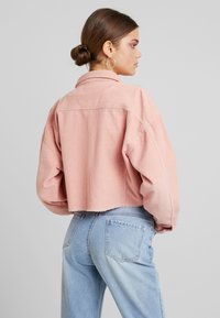 Missguided - CROPPED JACKET - Giacca leggera - pink - 2