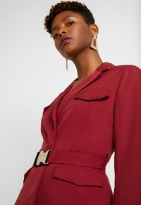 Missguided - BELTED - Blazer - red - 4