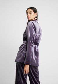 Missguided - LIGHT MAGIC TIE WAIST - Blazer - purple - 2