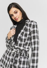 Missguided - CHECK SUPER TIE WAIST - Blazer - black - 3