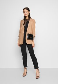 Missguided - PRICE POINT BASIC - Blazer - camel - 1