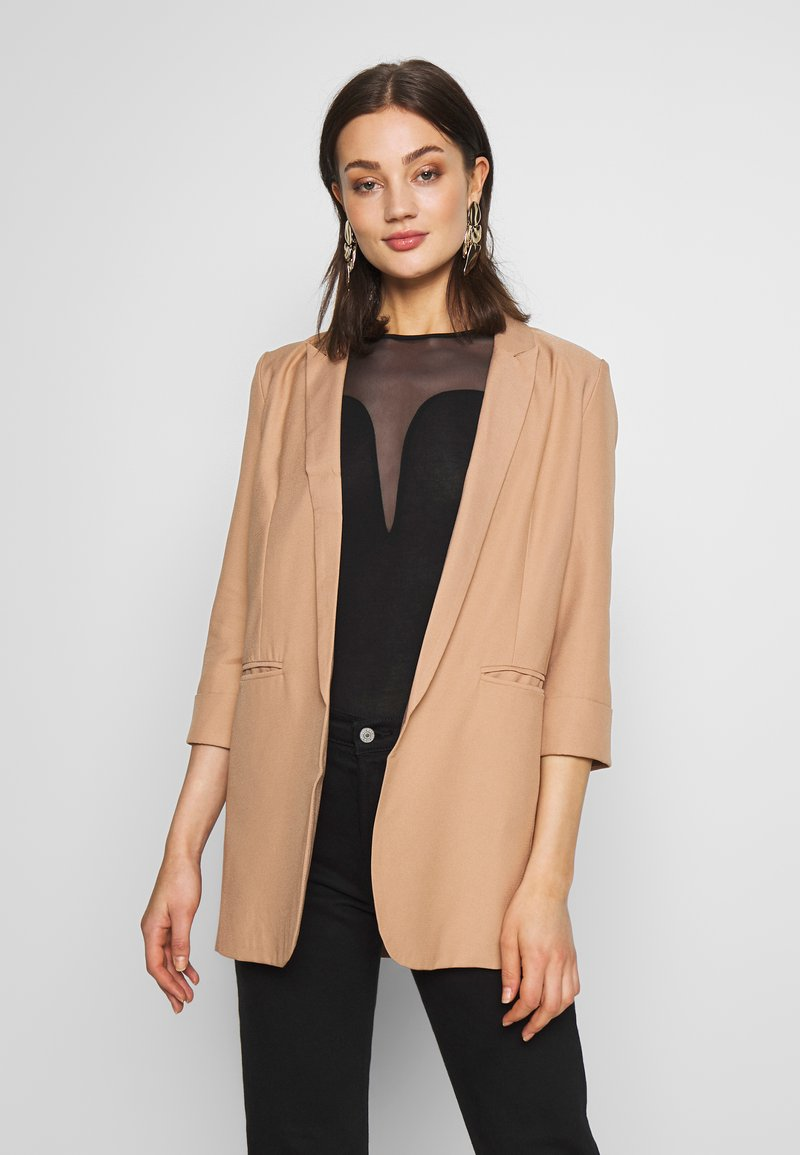Missguided - PRICE POINT BASIC - Blazer - camel