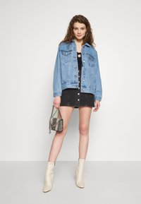 Missguided - OVERSIZED JACKET - Jeansjakke - blue - 1