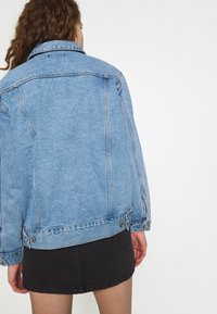 Missguided - OVERSIZED JACKET - Jeansjakke - blue - 2