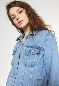 Missguided - OVERSIZED JACKET - Jeansjakke - blue - 6