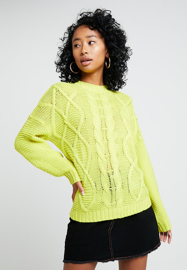 CABLE JUMPER - Strickpullover - yellow