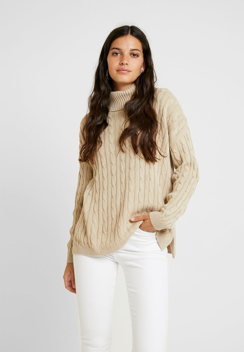 Missguided - CABLE ROLL NECK JUMPER - Jersey de punto - stone