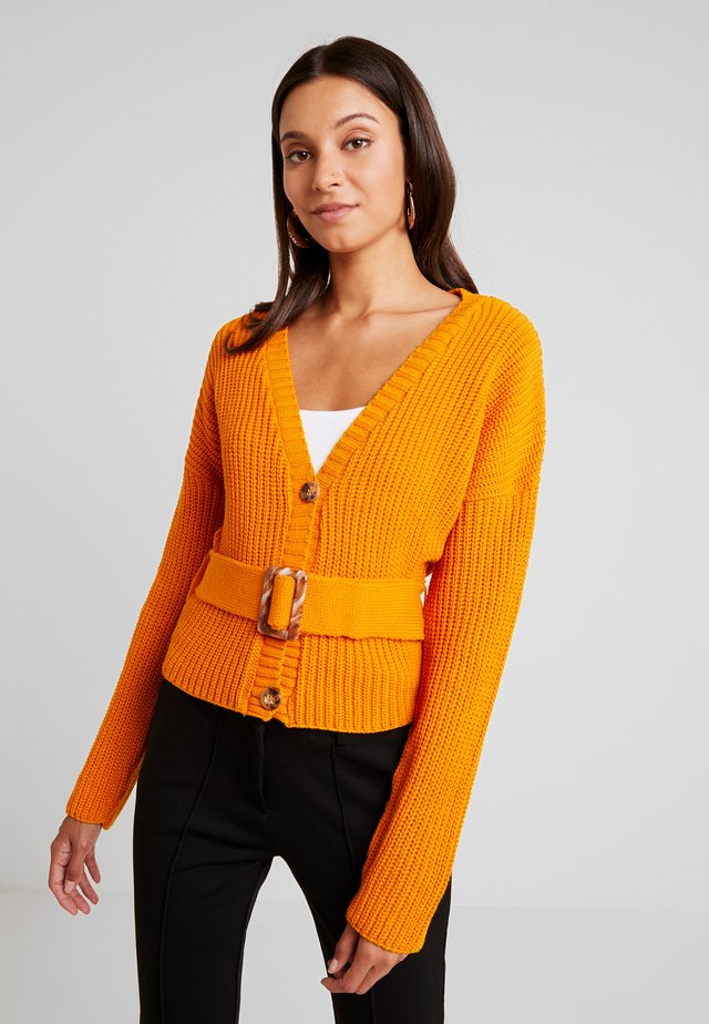 SHORT BELTED CARDIGAN - Cardigan - orange