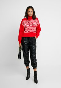 Missguided - CHRISTMAS FAIRISLE JUMPER - Jumper - red - 1