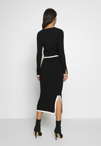 Missguided - SET RIBBED CONTRAST HEM JUMPER AND MIDAXI SKIRT CO-ORD - Pencil skirt - black - 2