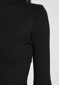 Missguided - BASIC HIGH NECK DETAIL KNITTED CROP - Strikkegenser - black - 5