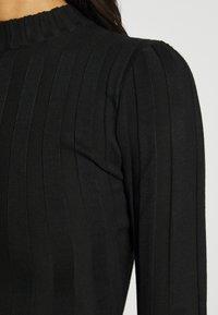 Missguided - EXTREME CREW NECK BODYSUIT - Strikkegenser - black - 4