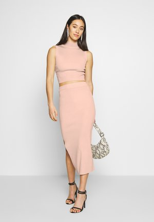 SET TOP AND SKIRT - Jupe trapèze - blush