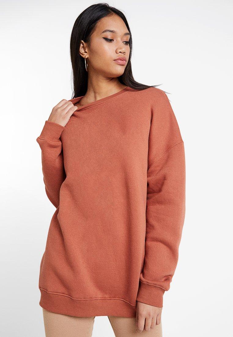 Missguided - OVERSIZED BRUSHBACK - Sweatshirt - rust