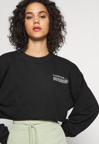 Missguided - CROPPED RAW HEM - Mikina - black - 4