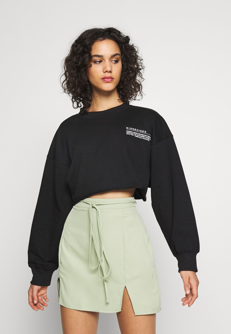 Missguided - CROPPED RAW HEM - Mikina - black