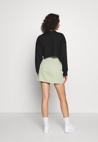 Missguided - CROPPED RAW HEM - Mikina - black - 2