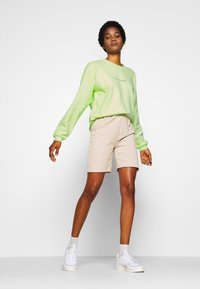 Missguided - WASHED - Sweatshirt - lime - 1